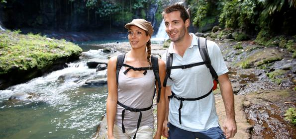 WITH THE APPROPRIATE CLOTHES AND TRAVEL IMPLEMENTS, YOU'LL HAVE A PERFECT VACATION IN TORTUGUERO